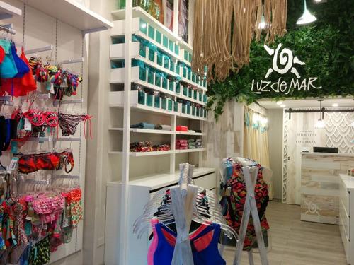 diseño y armado de locales comerciales, showrooms, reformas.