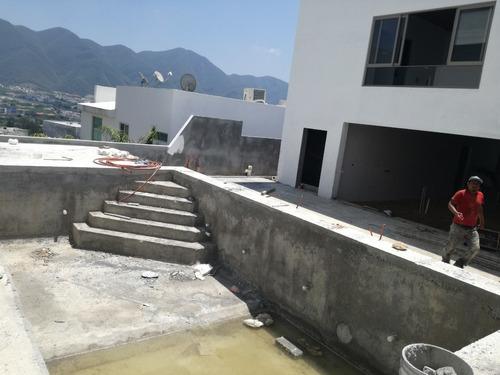 diseño y construcción de  casas  palapas  y  albercas