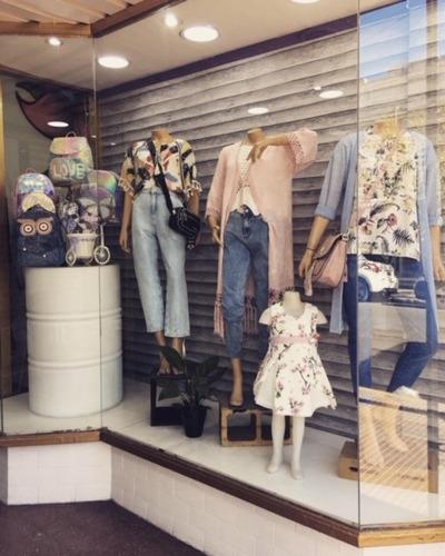 diseño y mantenimiento de vidrieras - visual merchandising