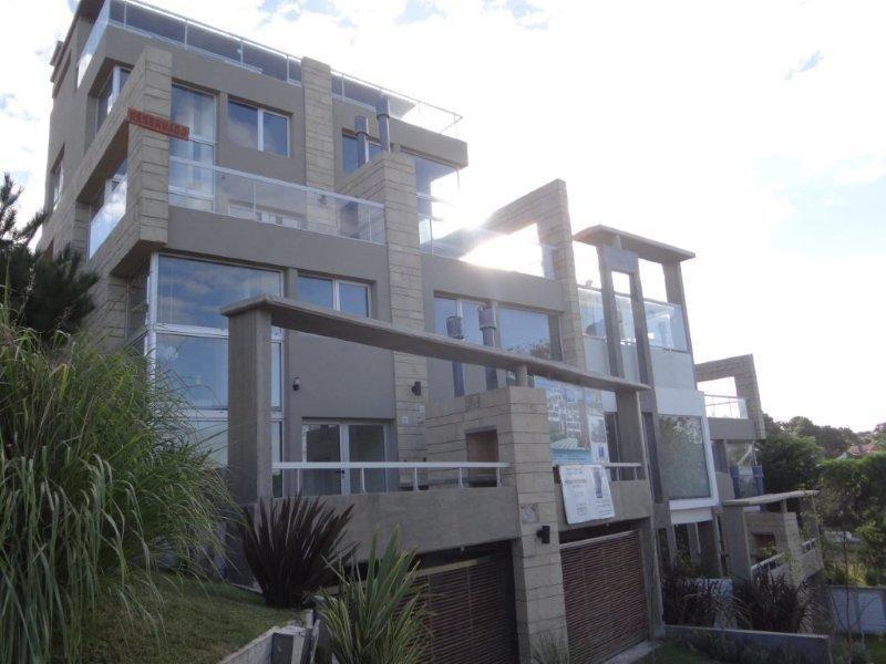 diseño y confort! departamento en duplex a 100 metros del mar