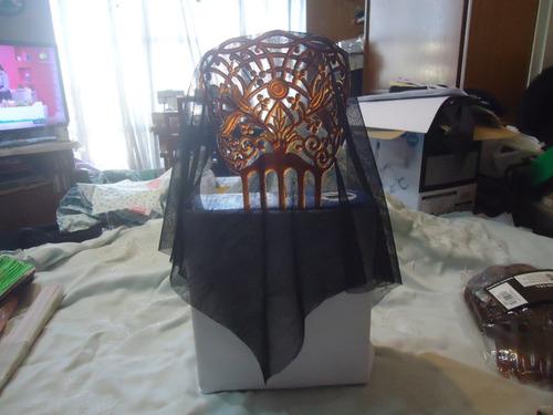 disfraz traje dama antigua accesorios peineton y mantilla