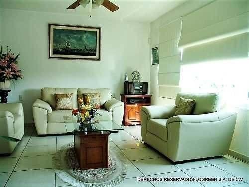 disfrute el clima de morelos cómodamente en esta amplia casa