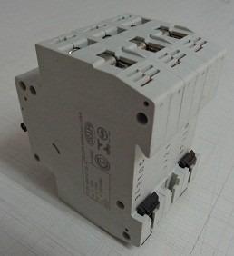 disjuntor tripolar moeller faz-3 c32
