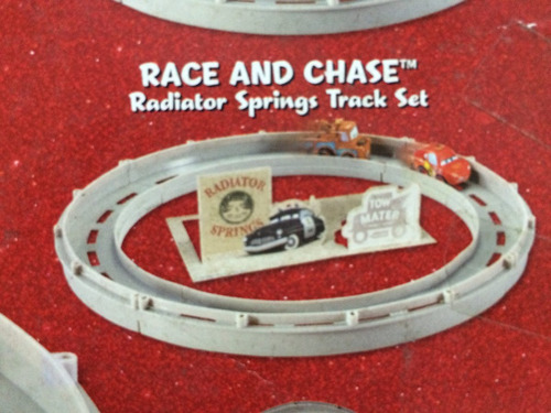 disney pixar cars mini pista race and chase mcqueen y mate