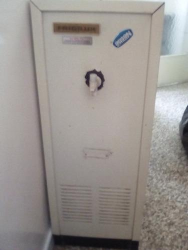 dispensador enfriador de agua frigilux