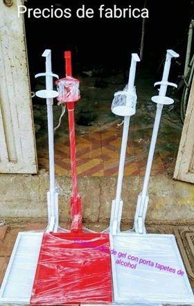 dispensadores de gel antibacterial con tapete