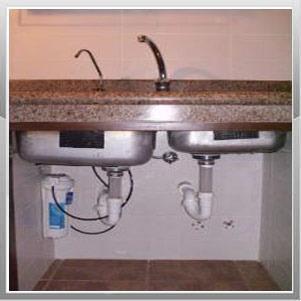 dispenser de agua frio-calor conectado a la red con filtro