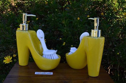 dispenser detergente jabon liquido amarillo taco cepillo