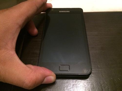 display samsung i9100 s2 seminuevo negro.$800 con envio.