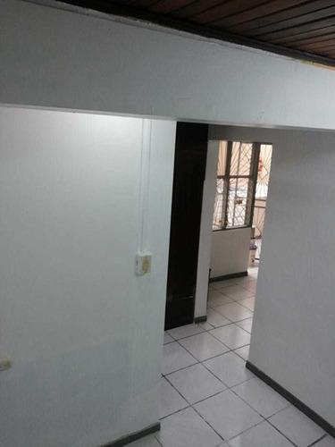 disponible apartamento p/ pareja o 1 sola persona
