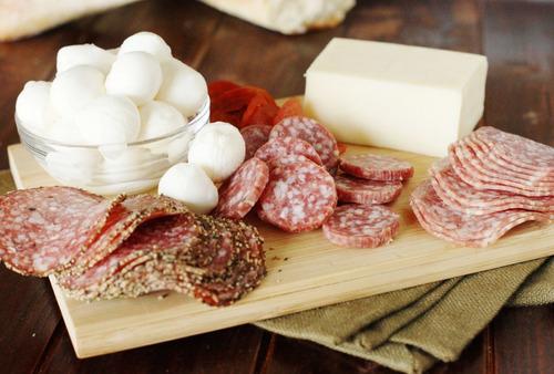 distribuidora de quesos y embutidos al mayor