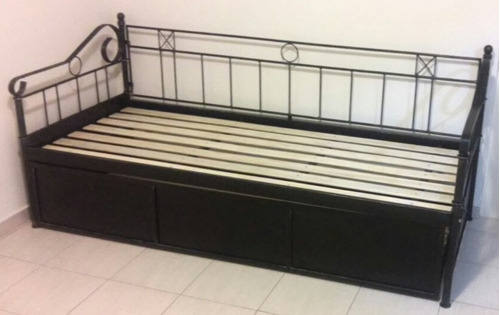 diván cama doble de hierro modelo medallon y hojas