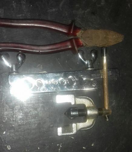 diversas herramientas de refrigeración
