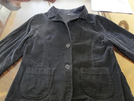 divina!! chaqueta de pana color negro con bolsillos