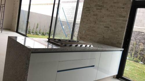 divina residencia en altozano, 4ta recamara en pb,  5.5 baños, cochera techada