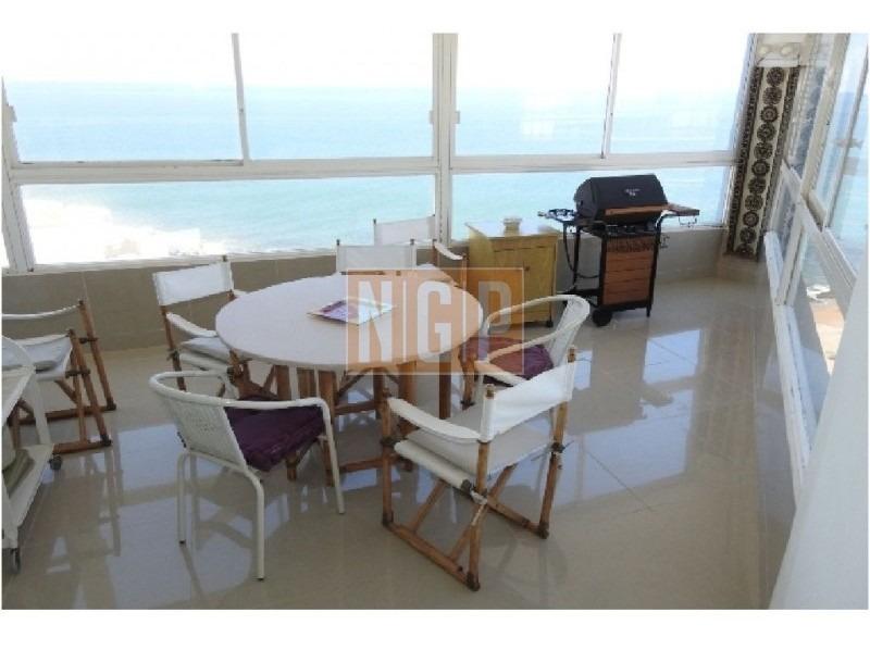 divino frente playa en plena peninsula con servicios excelente vista al mar -ref:2723