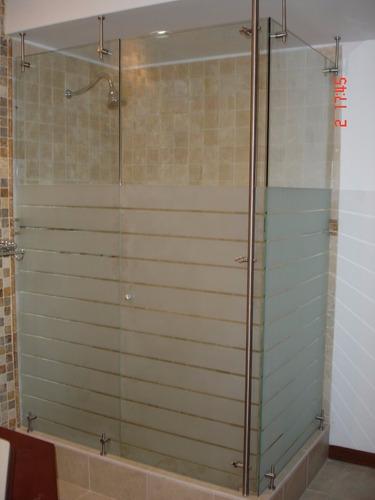 divisiones de baño en vidrio templado