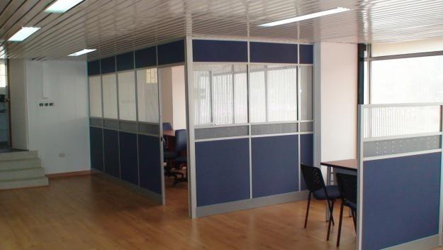 Divisiones oficina tipo call basic en aluminio y melamina for Divisiones de oficina