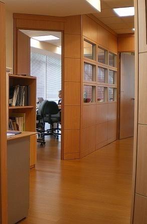 Divisiones para oficina dise o exclusivo y moderno en - Divisiones en madera ...