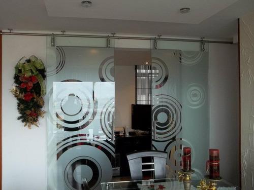 divisiones puertas ventanas cerramientos en vidrio templado