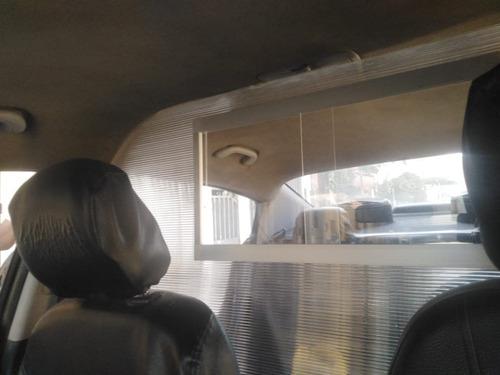 divison de auto para seguridad del tranpostistar policarbona