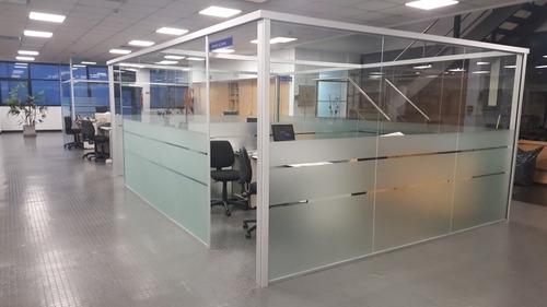 divisores de oficinas de vidrio y aluminio