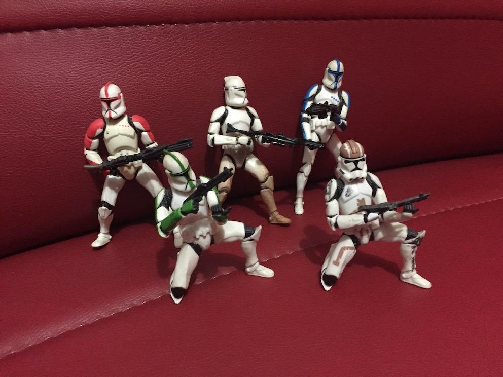 Dj Coma -  Lote Clones Semifijos En Pose - Estrella Wars