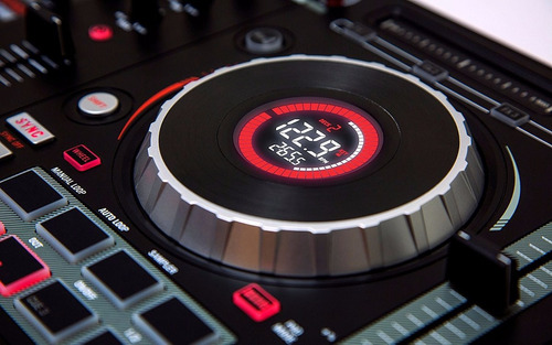 dj controladora tornamesa numark mixtrack pro platinum nueva