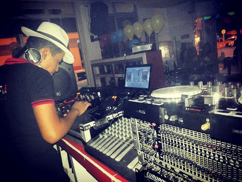 dj crossover & electronico, para eventos y demas!