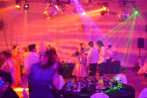 dj  disc jockey bodas y 15 años sonido iluminacion pantallas