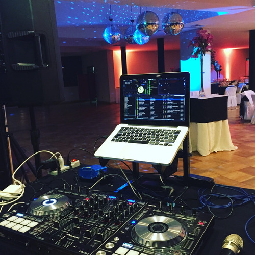 dj fiestas , matrimonios y eventos en general