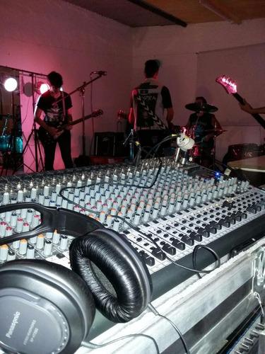 dj sonido e iluminación. music speaks