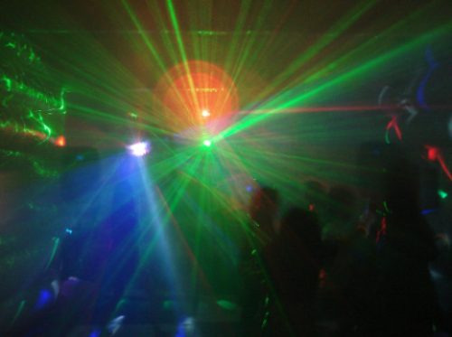 dj,iluminación,karaoke,fiestas,matrimonios, fluor, etc