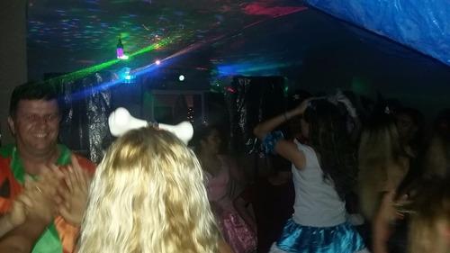 dj,som,iluminação,telão,fumaça,tapete xadrez,festa,dj jaba