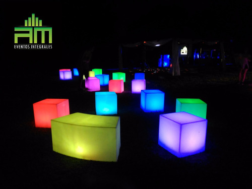 dj,sonido,luces,pantalla gigante,living luminoso,karaoke