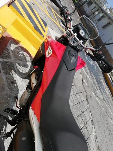 doble propósito. moto