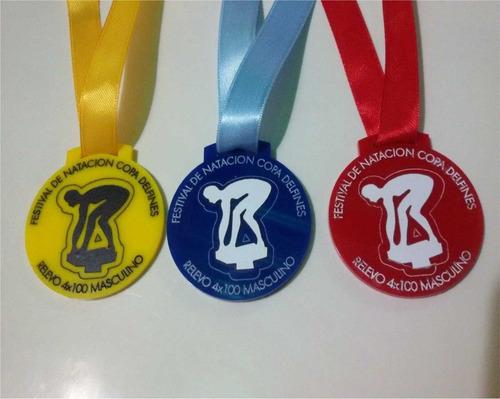 docena (12) medallas en acrilico grabado en laser trofeos
