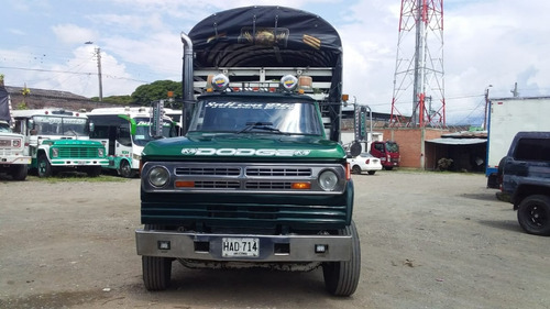 dodge 300 care panela 1996
