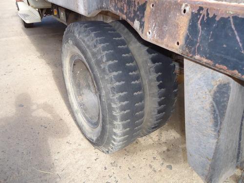 dodge 600 camion