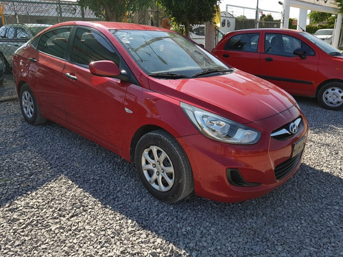 dodge attitude 1.4 gl mt 2014