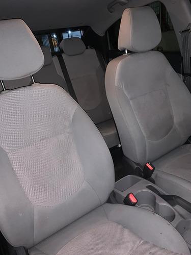 dodge attitude transmision automatica 4 puertas