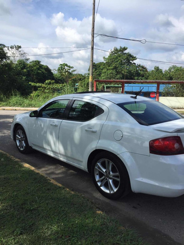 dodge avenger 2.4 sxt x premium gps at 2012