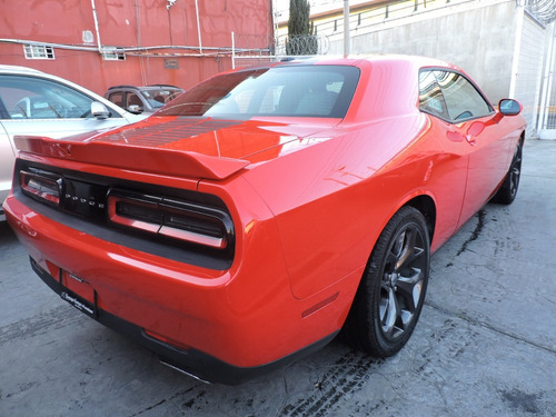 dodge challenger 3.7 3.6 dual stripes at modelo 2018