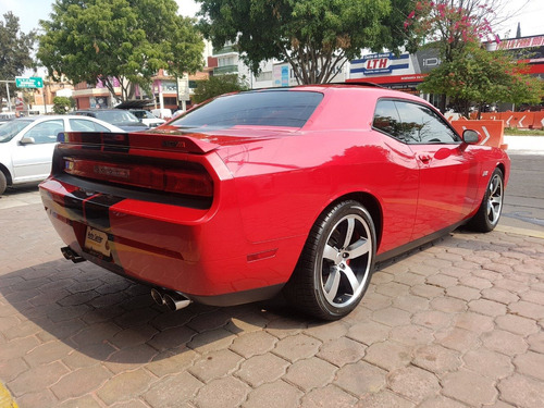 dodge challenger srt8 2013