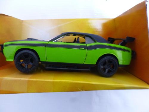 dodge challenger srt8 letty s carro escala1/32 nuevo