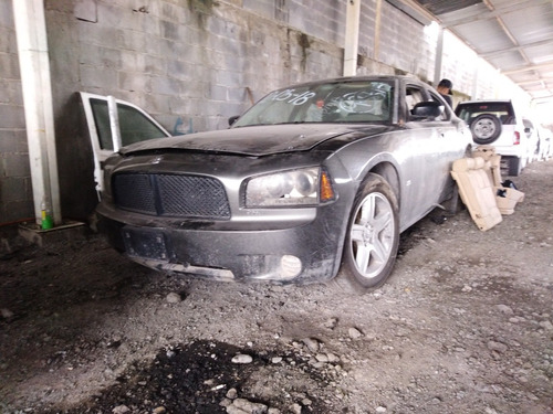 dodge  charger 6 cilindros  3.5 high dutput
