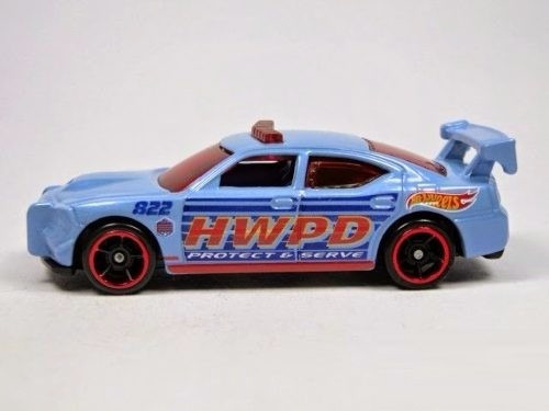 dodge charger escala 7cm de largo hot wheels 1/64