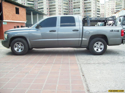 dodge dakota sl