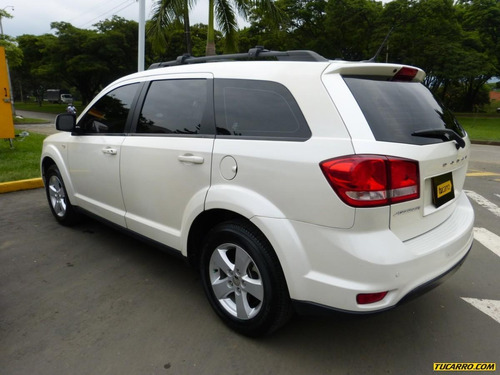 dodge journey at 2400cc 5p
