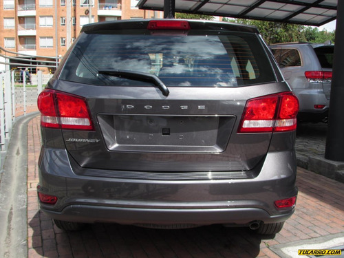dodge journey express  at 2400cc 5 pasajeros 2017